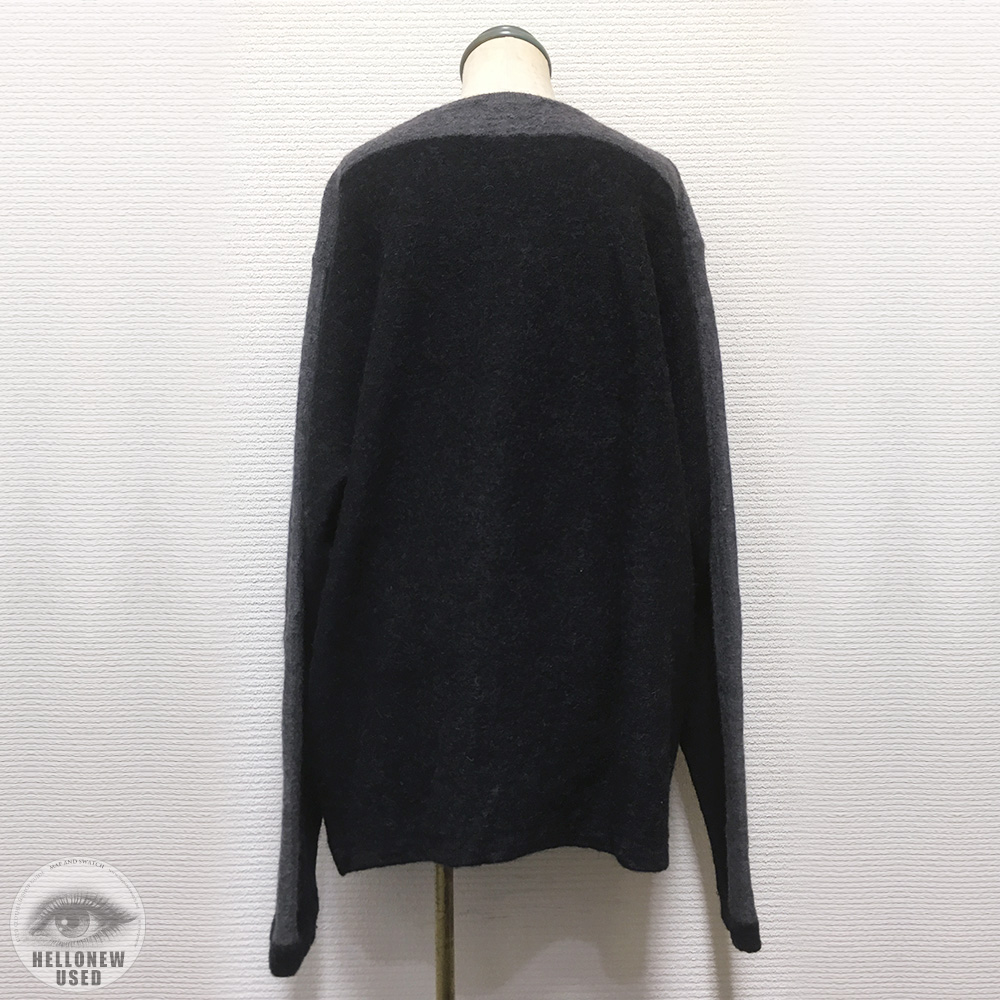 Shoulder Line Knit